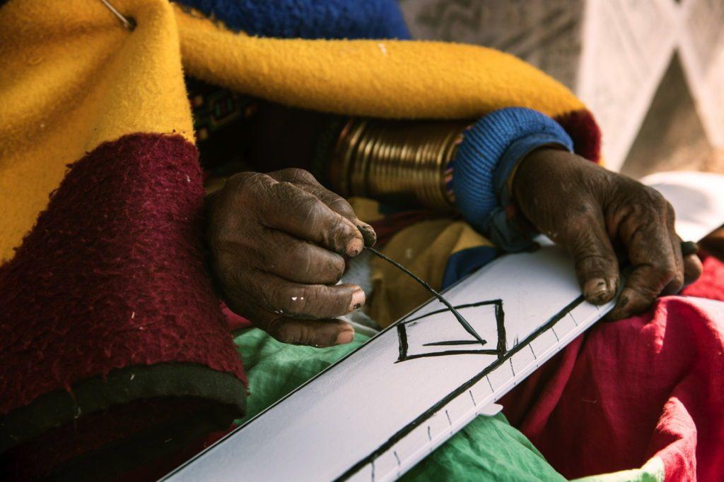 esther mahlangu ndebele artist