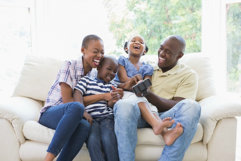 how to give back as a family
