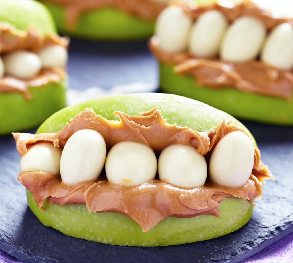 Peanut butter apple crunchies