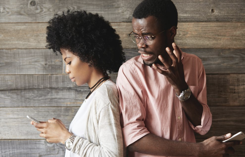 """""""Phubbing"""", """"Oversharing"""" and other smartphone relationship issues"""
