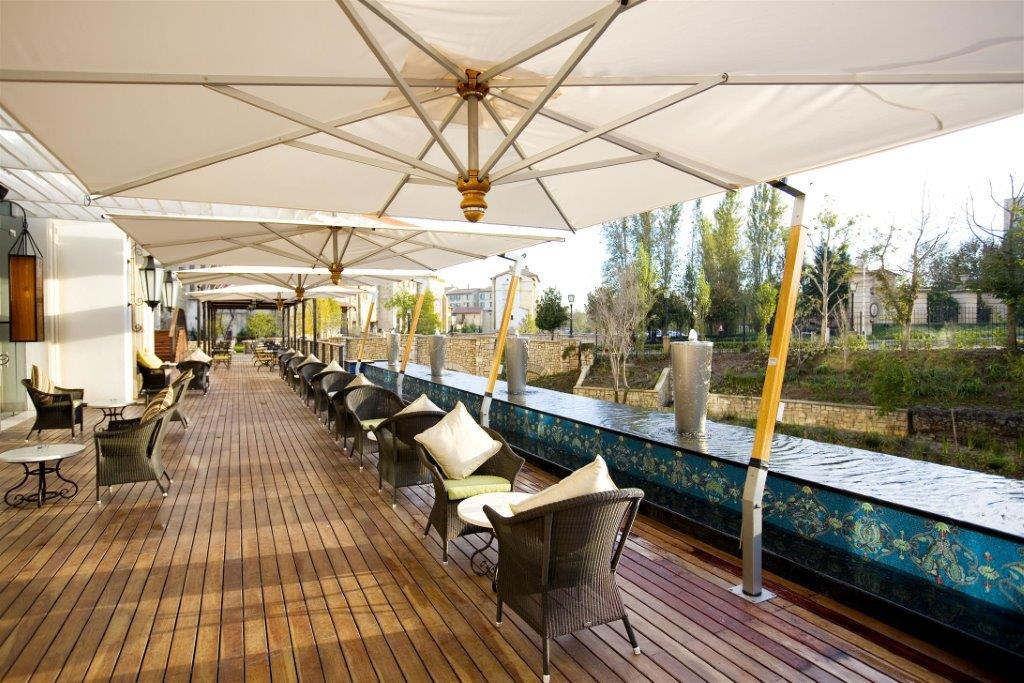 decks of tsogo, sundowner spots in Johannesburg, best montecasino restaurants,
